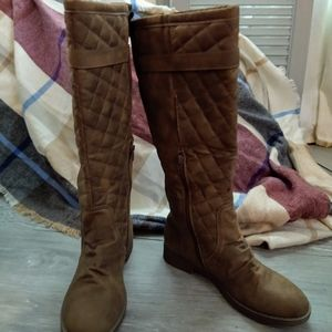 A.X.N.Y Quilted Riding Boot